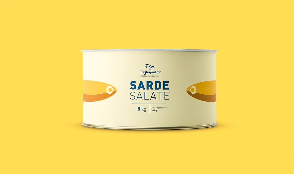 Realizzazione packaging alimentare fascia latta sarde salate tagliapietra